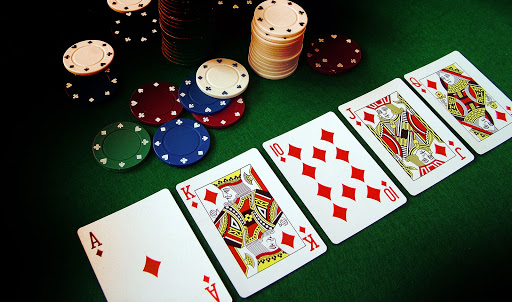 Rules to play the card game of Dominoqq –